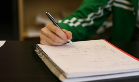 Notetaking: Should I Write by Hand or Go Digital?